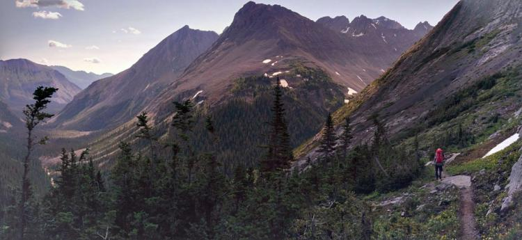 The hike to Three Isle Lake. Photo: J. Skrajny